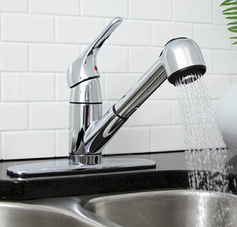 Pull-Out Spray Kitchen Faucets